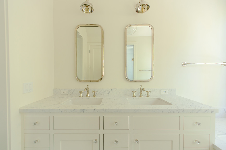 vanity-bathroom-tile